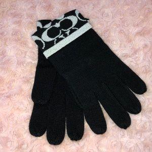 Coach Black Gloves NWT